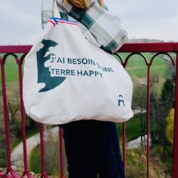 Cabas medium bicolore porté, idéal pour les courses du quotidien, conçu, tissé et confectionné en France