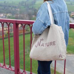 Cabas porté, composé de lin français, produit entièrement en France